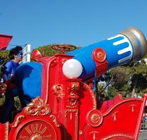 Carnaval de Nice, la fleur au fusil