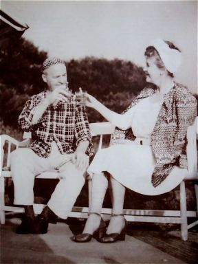 Gerald et Sara Murphy à Swan Cove (East Hampton) en 1963