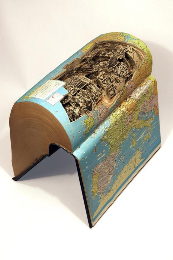 10-preuves-sculptees-quil-ne-faut-pas-obligatoirement-tourner-les-page-pour-decouvrir-lhistoire-que-raconte-un-livre12