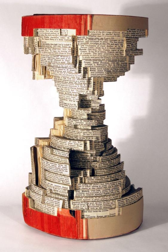 10-preuves-sculptees-quil-ne-faut-pas-obligatoirement-tourner-les-page-pour-decouvrir-lhistoire-que-raconte-un-livre15