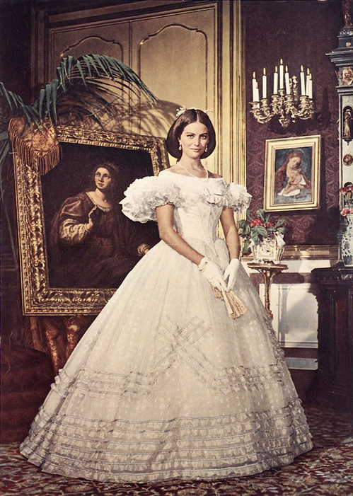 1963 - Claudia Cardinale dans Le Guépard de Luchino Visconti