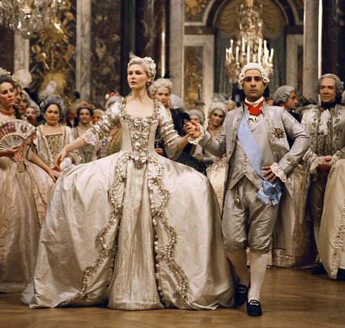 2006 - Kirsten Dunst dans Marie Antoinette de Sofia Coppola