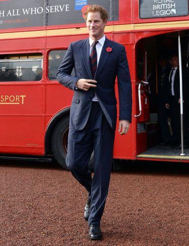 Le Prince Harry est toujours un coeur... et un trône à prendre ! Pour les futures princesses...