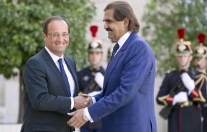 François Hollande et l'émir du Qatar, à l'Elysée, le 22 août 2012.