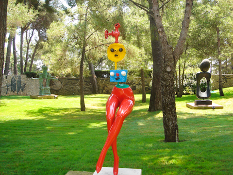 Miro_statue_at_Fondation_Maeght