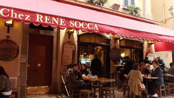 chez-rene-socca-restaurant-01f3a